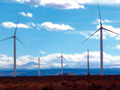 Wind turbines on Bridger Butte, west of Fort Bridger in Uinta County. Jeff Gearino photo, Casper Star-Tribune.