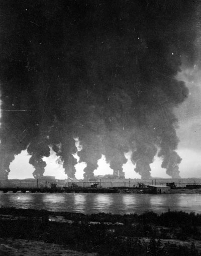 The refining business was dangerous.Midwest Refinery tanks on fire, 1921. Chuck Morrison Collection, Casper College Western History Center photo.