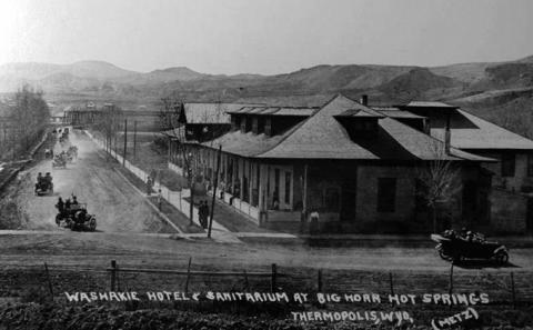 The former Washakie Hotel, near the hot springs at Thermopolis, around 1920. Wyoming State Archives.
