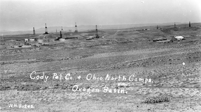 Part of the Oregon Basin oil field southeast of Cody, in its early days. Buffalo Bill Historical Center photo.