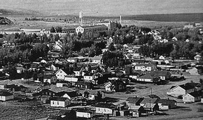 Rawlins, Wyo. in 1947, with the state penitentiary in the background. Courtesy Wyoming Tales and Trails.