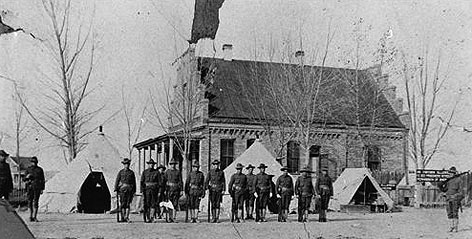 Wyoming militia camped at the Big Horn County courthouse in Basin, November 1909. Washakie museum photo.