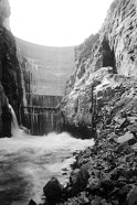 Buffalo Bill Dam, Shoshone Reclamation Project, 1918. (BuRec photo.)