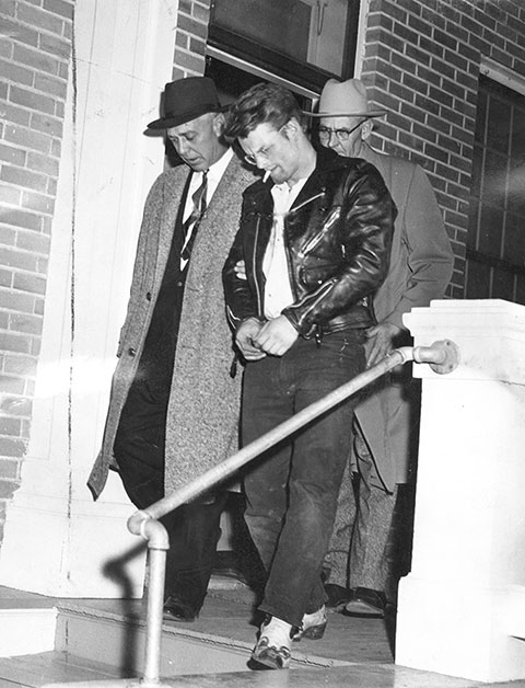 the case of charles starkweather the profile mass murder spree and impact of the media One man's trash is another man's treasure and sometimes it might just rewrite history a few years back paul shada of plymouth, neb, received a present from his brother it was a file filled with carbon copies of case investigation papers written by robert g anderson.
