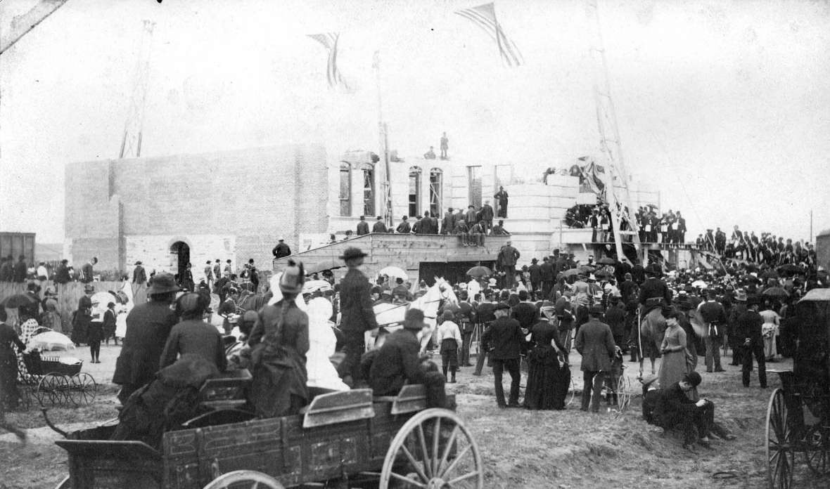 Large crowds turned out May 18, 1887 at the site of the new Capitol of Wyoming Territory for the laying of the cornerstone( above) and the free barbecue (below) . Wyoming State Archives.