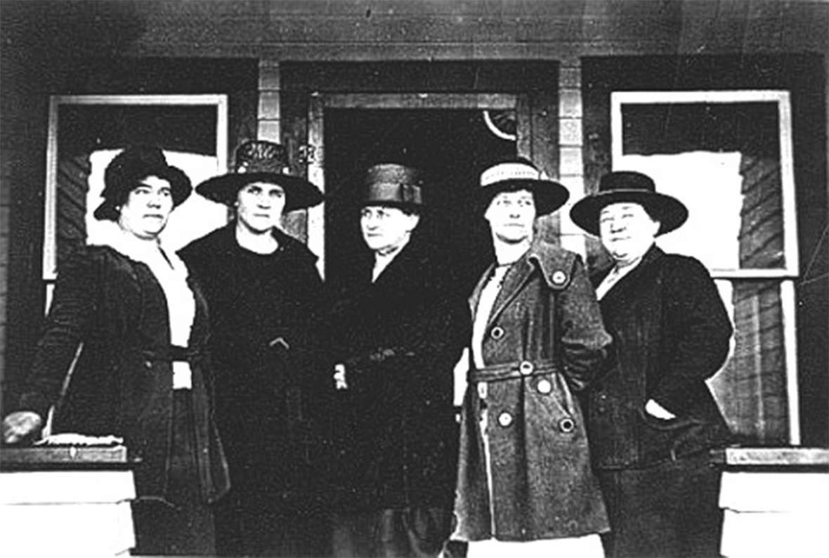 Jackson Town Council, 1921. Left to right, Mae Deloney, Rose Crabtree, Mayor Grace Miller, Faustina Haight, Genevieve Van Vleck. Wyoming Tales and Trails.