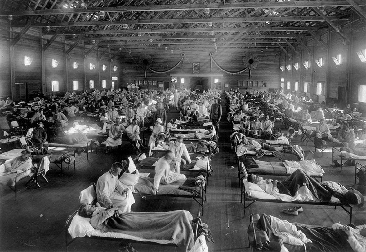 U.S. Army flu victims fill an emergency hosptial near Fort Riley, Kansas, 1918. National Museum of Health.