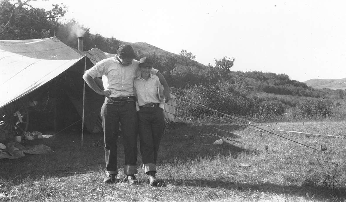 Ernest Hemingway and his second wife, Pauline Pfeiffer Hemingway, at a Spear Ranch roundup tent in the Wolf Mountains north of Sheridan, 1928. American Heritage Center.